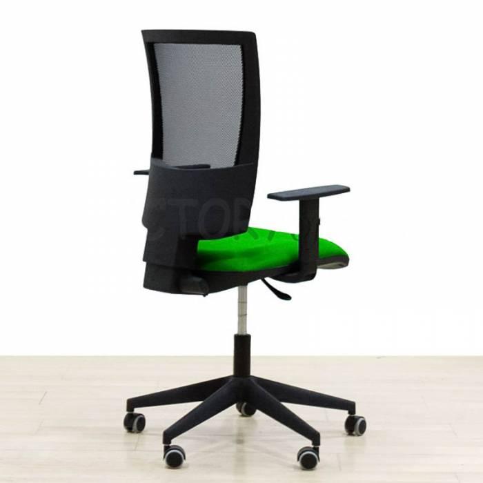Cadeira de trabalho Mod. CAS4. Malha nas costas com os braços. Varias cores.