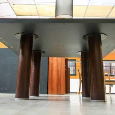 Mesa Reunión Wengué