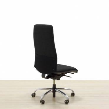 Cadeira operativa de azeitona preta