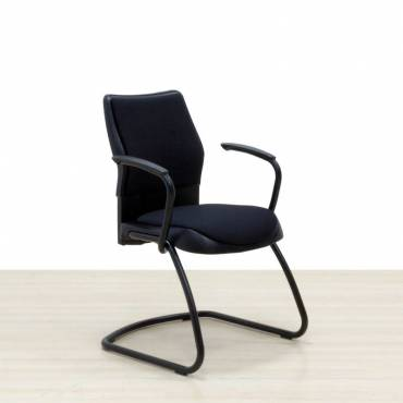 Silla Confidente STEELCASE Mod. SWIFT Negra