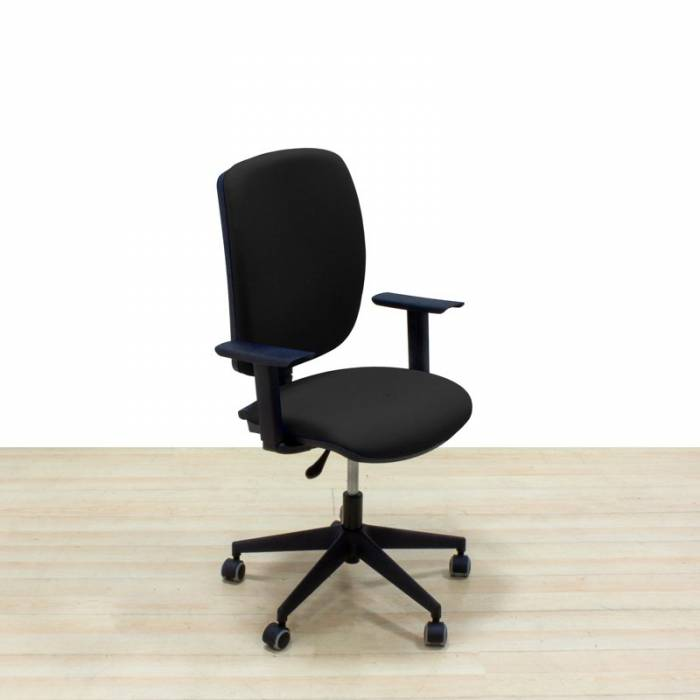 Cadeira operativa Mod. ARA