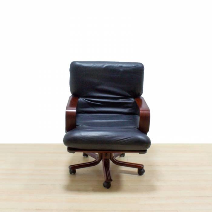 Cadeira executiva Mod. BLED
