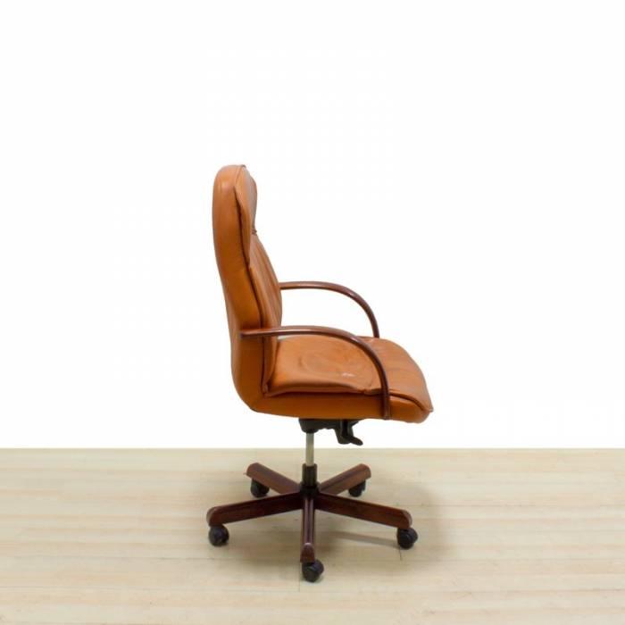 Cadeira executiva Mod. VALVE