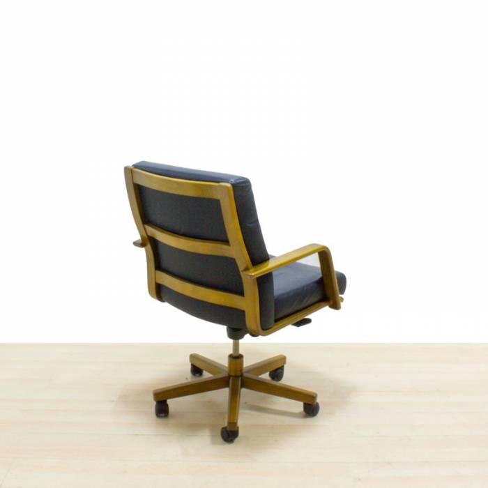 Cadeira executiva Mod. HELA