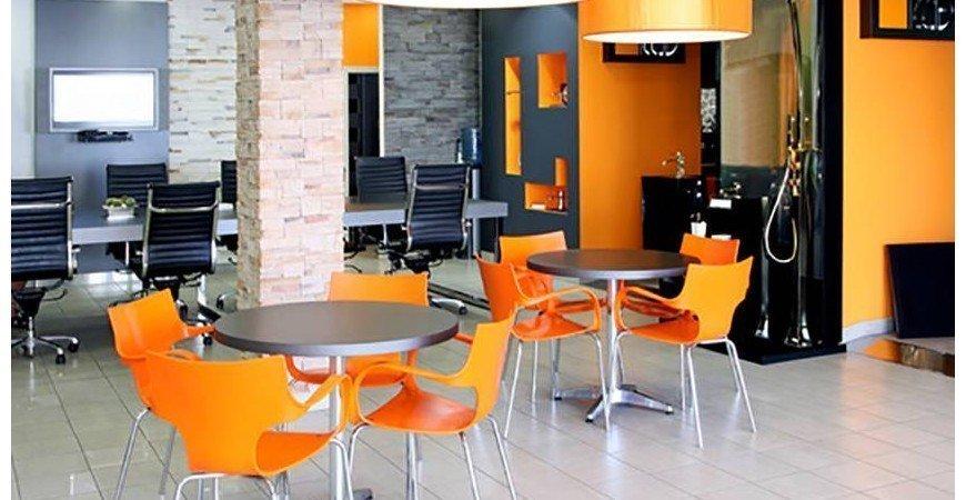 Cómo el color de la oficina y los muebles de oficina pueden afectar la productividad